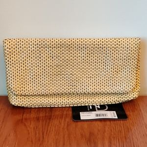 🇨🇦 NWT New Directions Wallet/Clutch